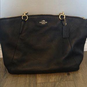 Navy blue coach women's purse